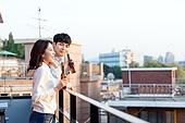 한국인, 청년 (성인), 옥탑방 (집), 휴식, 맥주