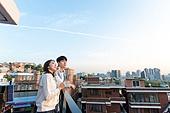 한국인, 청년 (성인), 옥탑방 (집), 휴식