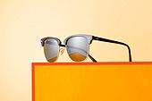 오브젝트 (묘사), 백그라운드, 여름, 자외선, 자외선차단, 아크릴, 색상, 컬러, 선글라스, 패션, 강렬한색채, 주황