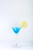 오브젝트 (묘사), 아크릴, 음료, 칵테일, 차가운음료 (무알콜음료), 여름, 얼음, 블루하와이, 레몬, 파랑