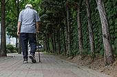 노인 (성인), 노인남자 (성인남자), 외로움 (컨셉), 독거노인, 지팡이