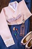 오브젝트 (묘사), 사람없음, 한국 (동아시아), 한국문화, 전통문화 (주제), 한복, 노리개, 탑앵글, 옷, 신발, 한국전통문양 (패턴)