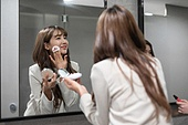 라이프스타일, 한국인, 화장실 (가정용품[고정]), 여자화장실, 색조화장 (화장품), 파우더 (색조화장)