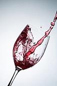 오브젝트 (묘사), 물 (자연현상), 파장, 파문 (물체묘사), 역광, 백그라운드, 패턴, 물결, 방울 (액체), 음료, 차가운음료 (무알콜음료), 활력 (컨셉), 와인, 와인잔, 빨강