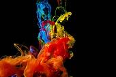 오브젝트 (묘사), 스튜디오촬영, 물 (자연현상), 파장, 파문 (물체묘사), 백그라운드, 패턴, 물결, 잉크, 페인트 (예술도구), 모션, 활력, 수채물감, 추상, 미술 (미술과공예), 검정배경, 번짐, 재질 (물체묘사), 연기 (물리적구조), 빨강, 파랑, 노랑색 (색상), 주황