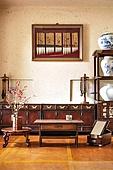 오브젝트 (묘사), 전통문화 (주제), 한국 (동아시아), 한국문화, 전통문화, 한옥, 나무, 꽃, 식물, 책상, 테이블, 거울, 도자기 (공예품)