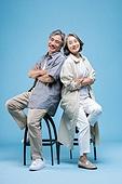 60-69세 (노인), 커플, 미소, 행복, 등맞대기