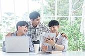 스타트업, 사무실, 남성, 비즈니스미팅 (미팅), 미소
