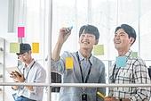 스타트업, 사무실, 아이디어 (컨셉), 비즈니스맨, 미소