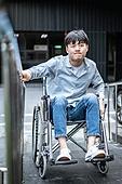 휠체어, 신체장애 (장애), 신체장애, 장애, 경사로 (인공구조물), 휠체어경사로 (경사로), 소외계층, 인권, 사회복지 (사회이슈)