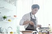 쿠킹클래스, 일생활균형 (컨셉), 배움 (컨셉), 주방 (건설물), 수업중 (교육), 남성, 요리사