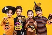 할로윈 (홀리데이), 어린이 (인간의나이), 호박등 (랜턴), 미소, 즐거움