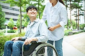 소외, 소외계층, 인권, 도움, 도움의손길, 신체장애 (장애), 환자, 간병인