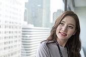 한국인, 기쁨 (컨셉), 행복, 화이트칼라 (전문직), 성인여자 (여성), 사무실 (업무현장), 비즈니스우먼