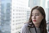 한국인, 화이트칼라 (전문직), 성인여자 (여성), 사무실 (업무현장), 비즈니스우먼, 피로 (물체묘사), 스트레스, 불만 (컨셉)