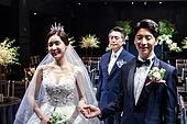 결혼식 (결혼), 결혼식장 (건설물), 신부 (결혼식역할), 아빠 (부모), 아쉬움 (컨셉)