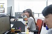 사무실, 비즈니스, 근로시간, 신입사원, 인턴, 미소 (얼굴표정), 밝은표정, 비즈니스우먼