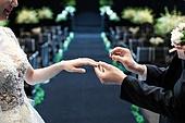 결혼식 (결혼), 신랑, 신부 (결혼식역할), 부부, 결혼반지, 미소