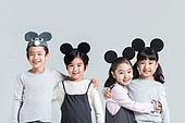 어린이 (인간의나이), 소년, 소녀, 어깨동무, 포옹, 미소
