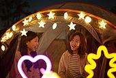 라이프스타일, 한강 (강), 한강공원 (서울), 여의도동 (영등포구), 여의도공원, 텐트, 캠핑, 소풍 (아웃도어), 휴식 (정지활동), 기쁨 (컨셉), 행복, 욜로 (컨셉)