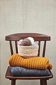 사진, 계절, 가을, 사람없음, 의자 (좌석), 앞모습 (카메라앵글), 스웨터 (상의), 털실, 바구니
