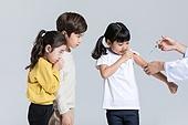 어린이 (나이), 감기 (질병), 예방접종 (주사), 기다리는줄 (기다림)