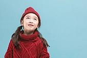 어린이 (나이), 겨울, 따뜻한옷 (옷), 스웨터 (상의), 니트모자, 미소
