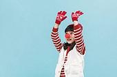 어린이 (나이), 겨울, 니트모자 (모자), 소녀, 크리스마스 (국경일), 루돌프, 미소