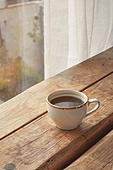 실내, 창문, 카페, 계절, 겨울, 뜨거움, 테이블, 커피 (뜨거운음료), 커피잔, 가을, 아메리카노, 커튼 (데코르)