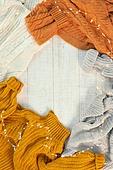 오브젝트 (묘사), 실내, 스튜디오촬영, 계절, 가을, 겨울, 크리스마스 (국경일), 니트천, 스웨터, 탑앵글, 뜨거움, 따뜻한옷, 전구 (전등빛), 백그라운드