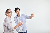 5G, 디지털화면, 터치스크린, 첨단기술 (기술), 스마트글래스, 액정화면 (영상화면), 터치스크린 (장비), 한국인, 모션