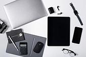 오브젝트 (묘사), 스튜디오촬영, 기계 (장비), 컴퓨터장비 (정보장비), 컴퓨터네트워크 (컴퓨터장비), 컴퓨터, 탑앵글, 블루투스 (무선기술), 스마트폰, 스마트워치, 휴대폰, 노트북컴퓨터 (개인용컴퓨터), 안경, 다이어리, 이어폰, 에어팟, 디지털태블릿 (개인용컴퓨터), 아이패드, 마우스패드, 스마트기기 (정보장비), 마우스 (입력도구)