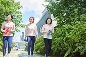 중년여자 (성인여자), 조깅 (운동), 운동, 건강한생활, 걷기 (물리적활동), 미소