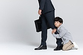 아빠, 아들, 비즈니스, 애원 (움직이는활동), 사람다리 (사람팔다리), 매달리기