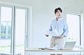 남성, 사무실 (업무현장), 설계도 (플랜), 건축가 (창조적직업)