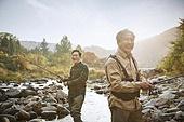 가을, 강, 낚시 (아웃도어), 어부 (역할), 친구 (컨셉), 미소