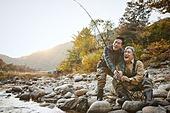 가을, 강, 낚시 (아웃도어), 어부 (역할), 친구 (컨셉), 즐거움, 미소
