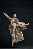 한복, 한국문화, 전통문화, 한국인, 여성 (성별), 우아 (컨셉), 춤 (물리적활동), 댄서 (공연자), 한국무용 (한국문화)
