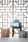 스튜디오촬영, 명절 (한국문화), 설 (명절), 추석 (명절), 선물 (인조물건), 선물상자, 선물세트, 기념일, 포장, 한국전통, 전통문화, 한국문화, 한국 (동아시아), 천, 백그라운드, 보자기 (한국문화), 한국전통문양 (패턴), 창문, 문틀 (문), 역광, 밥상 (한국전통)