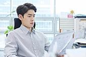 한국인, 사무실, 비즈니스, 주52시간근무제, 일 (물리적활동), 근로시간, 근로기준법 (법), 탄력근무제 (유연근무제), 스트레스