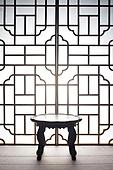 오브젝트 (묘사), 실내, 스튜디오촬영, 명절 (한국문화), 설 (명절), 추석 (명절), 백그라운드, 한국전통, 전통문화, 한국문화, 창문, 가구, 역광, 문틀 (문), 밥상 (한국전통)