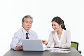 한국인, 비즈니스, 비즈니스 (주제), 비즈니스맨 (사업가), 미팅, 생각 (컨셉), 토론, 팀워크, 비즈니스미팅, 팀워크 (협력), 대화, 커뮤니케이션