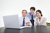 한국인, 비즈니스, 비즈니스 (주제), 비즈니스맨 (사업가), 미팅, 생각 (컨셉), 토론, 팀워크, 협력, 집중, 비즈니스미팅, 합의 (컨셉), 팀워크 (협력), 대화, 커뮤니케이션