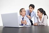 한국인, 비즈니스, 비즈니스 (주제), 비즈니스맨 (사업가), 미팅, 생각 (컨셉), 토론, 팀워크, 협력, 집중, 비즈니스미팅, 합의 (컨셉), 팀워크 (협력), 대화, 커뮤니케이션, 걱정 (어두운표정)
