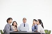 한국인, 비즈니스, 비즈니스 (주제), 비즈니스맨 (사업가), 비즈니스토크 (비즈니스), 비즈니스미팅 (미팅), 미팅, 생각 (컨셉), 아이디어 (컨셉), 토론, 팀워크, 비즈니스미팅, 팀워크 (협력), 대화, 걱정 (어두운표정)
