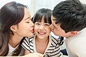 가족, 행복, 부모, 어린이 (나이), 아빠 (부모), 엄마 (부모), 딸