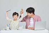 아빠, 아들, 초등학생, 교육 (주제), 가르침 (움직이는활동), 공부, 가르침, 조기교육 (교육)
