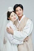 한복, 전통문화, 신혼부부, 부부, 결혼, 포옹 (홀딩)