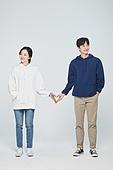 한국인, 대학생, 청년 (성인), 데이트, 커플, 커플 (인간관계), 로맨스 (컨셉), 데이트 (로맨틱), 로맨틱, 후드티셔츠 (운동복), 하트 (컨셉심볼)