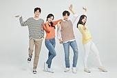 한국인, 대학생, 청년 (성인), 라이프스타일, 신입생, 장난치기, 즐거움 (컨셉)